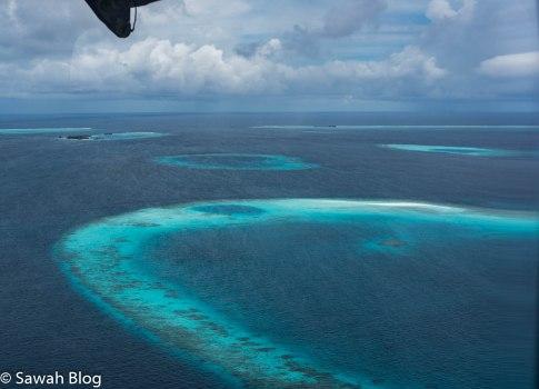 بعض بحيرات وجزر أرخبيل باه المدرجة خارطته أعلاه
