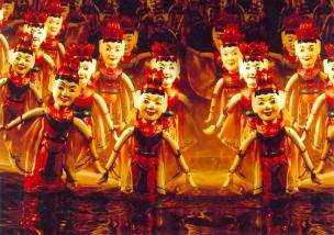 مسرح الدمى العائم. المصدر: موقع المسرح