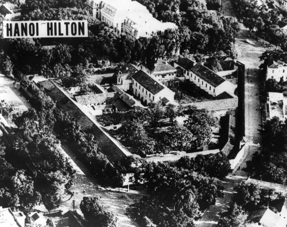10-The Hanoi Hilton in a 1970_By United States Air Force.jpg