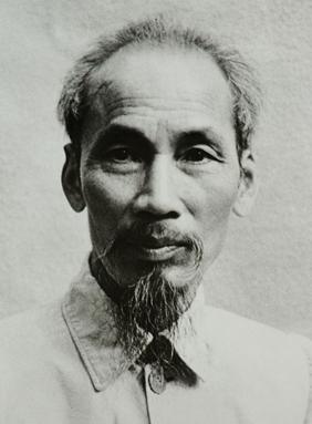 14-Ho_Chi_Minh_1946